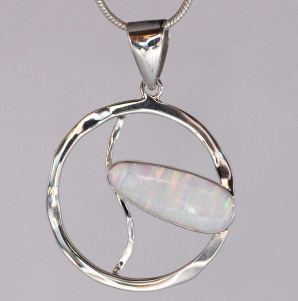 AAA Japanese Cultured Opal Pendant 925 Sterling Silver Necklace Jewellery
