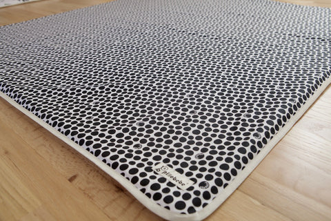 [CLEARANCE] Organic Cotton Play Mat Cover - Black Pebbles