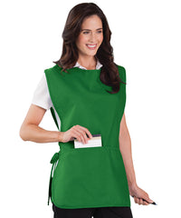 Kelly Green Unisex Cobbler Aprons Shown in UniFirst Uniform Rental Service Catalog