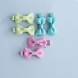 Newborn must have bow clip