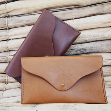 Mia Leather Clutch