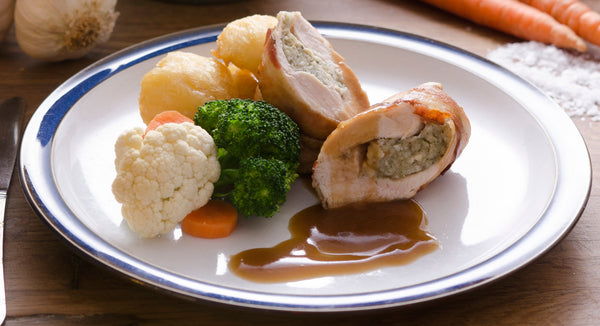 Classic roast chicken, vegetables, roast potatoes and gravy