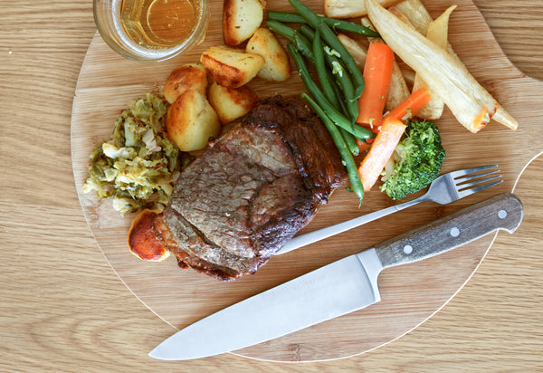 Carvery at Home Box serves 4/6 people