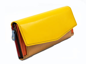 Women's wallet with lots of card slots | Upcycled leather