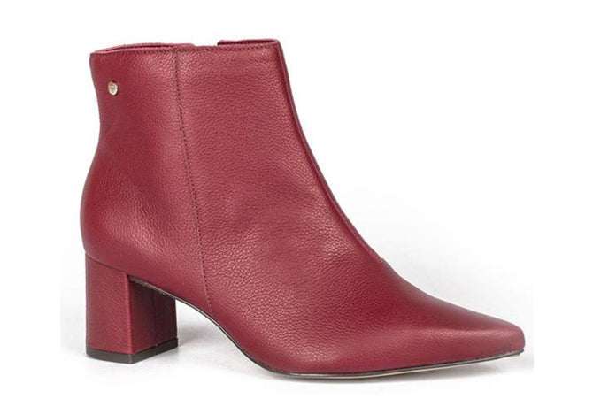 Scarssi Ruby Red Pointed toed ankle Bootie | Women's Fall Shoes