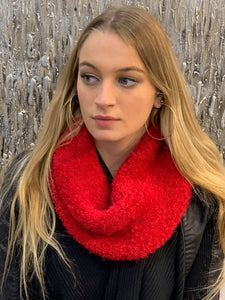 Red Knit Cashmere Neck