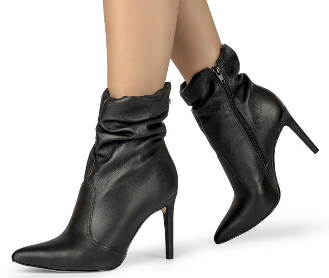 Black Ruffle Stiletto High Heeled Bootie | Leather