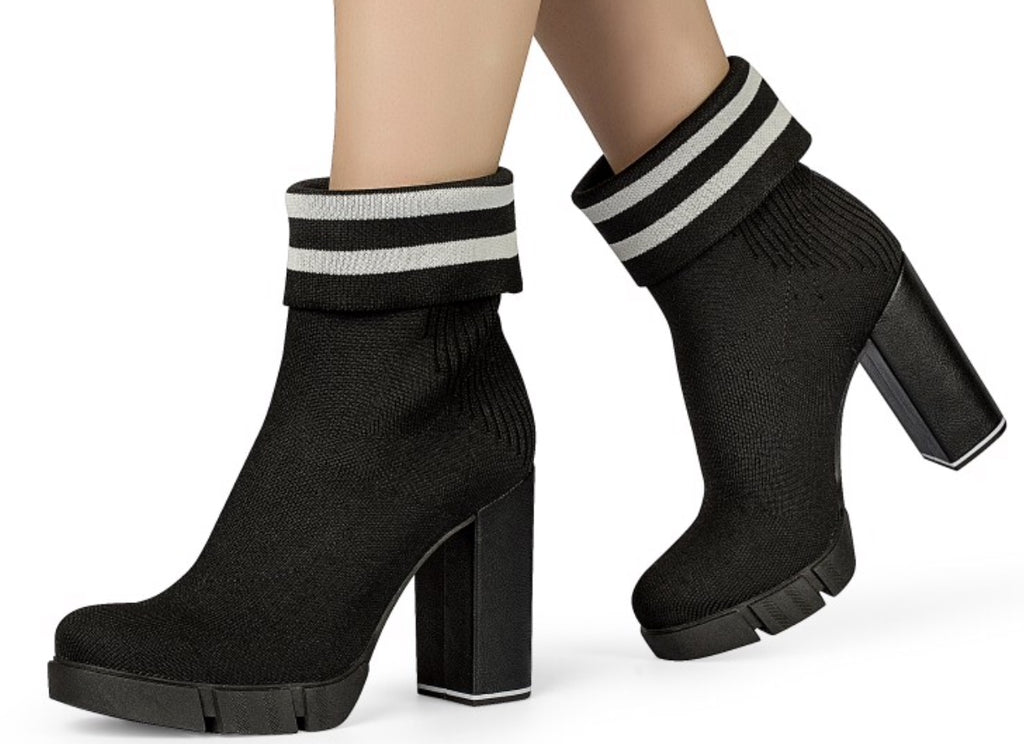 Black Block Heel Platform Bootie | Women's High heel