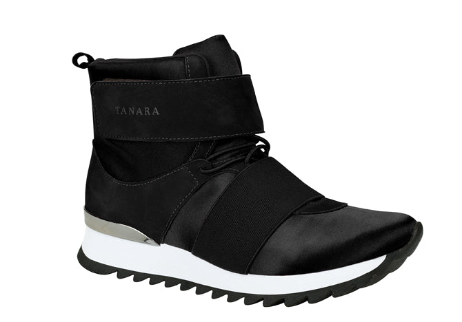 Black High-top Training Shoes