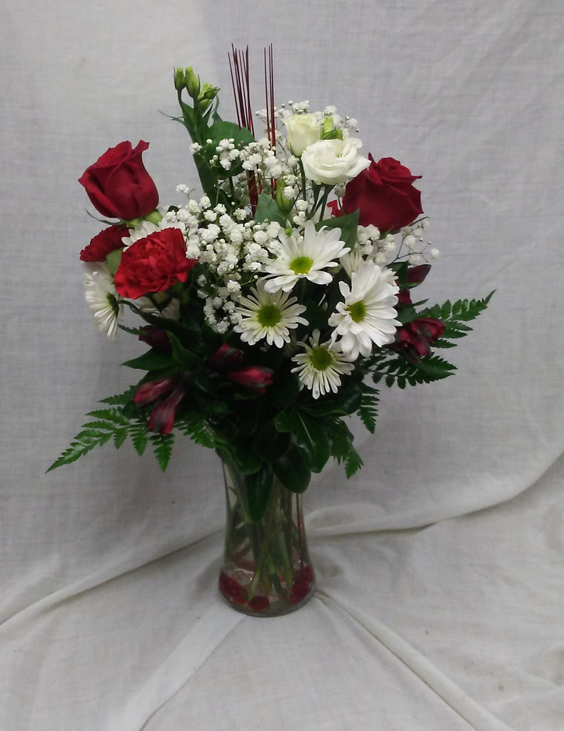 red roses and white daisies