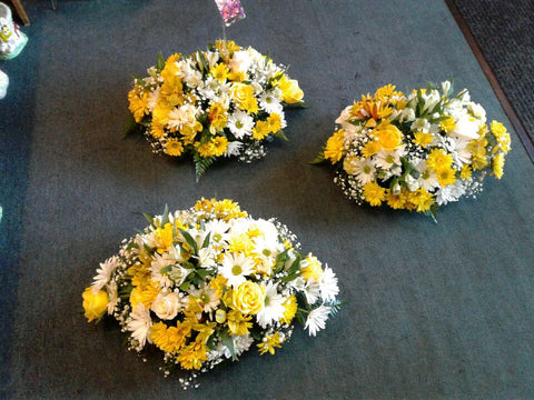 Mixed Daisy Centerpieces