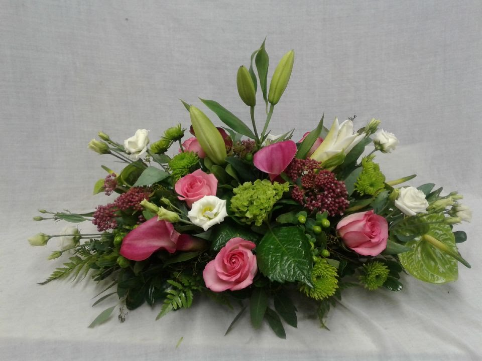 MODERN CONTEMPORARY GREEN AND PINK BASKET