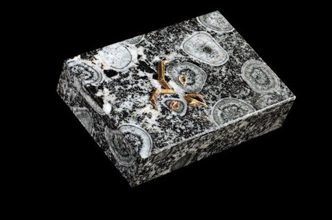 Two Decorative Boxes in Rhodenite and Obsidian with Precious Metal Owl Form Mounts, by Boucheron & Chaumet, Continental, late 20th century