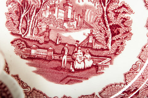 Mason's Ironstone Dinner Service, England, in the 'Red Vista' pattern