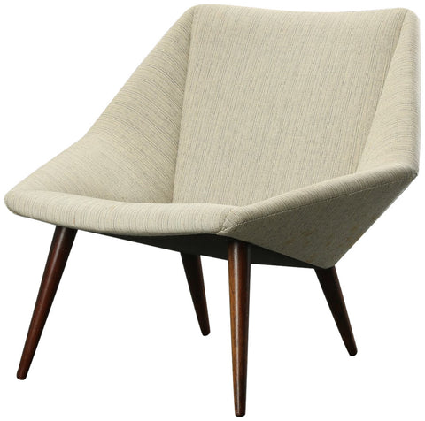 Danish Mid Century Modern Lounge Chair, Mod. 93 Low Back Version, designed by Nanna Ditzel (1923-2005), manufactured by Søren Willadsen, ca. 1954