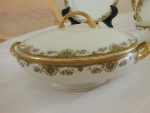 French Painted and Gilt Porcelain Table Service, Jean Boyer, 1919-1938, retailed by Hess Brothers, Allentown, Pennsylvania