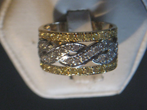 18K Gold White and Yellow Diamond Wide Ring/Band, 21st century