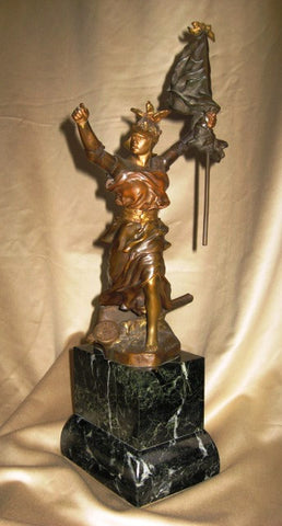 Emmanuel Hannaux (French, 1855-1934), Bronze Figure of Victory, 1st quarter 20th century, signed