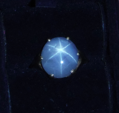 Ladies 14K Yellow Gold Star Sapphire Ring, mid-20th century