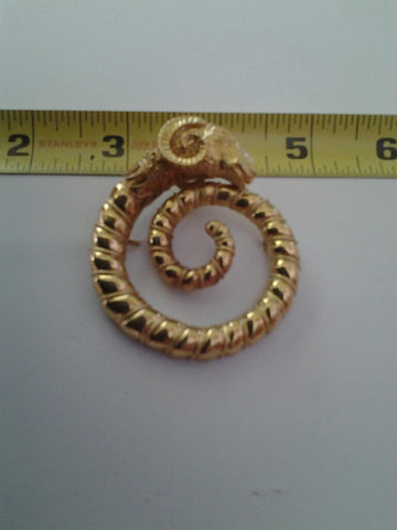22K Yellow Gold Ram's Head Form Brooch, 20th century, in the Ancient Greek style