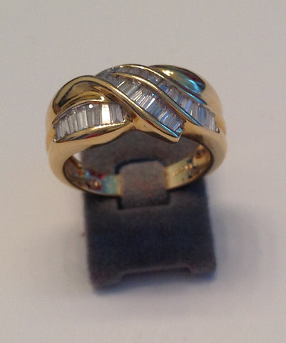 18K Yellow Gold and Diamond Ring, ca. 1995
