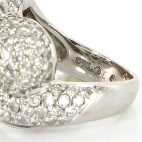 14K White Gold and Diamond Heart Ring, contemporary, with pavéŽ set diamonds