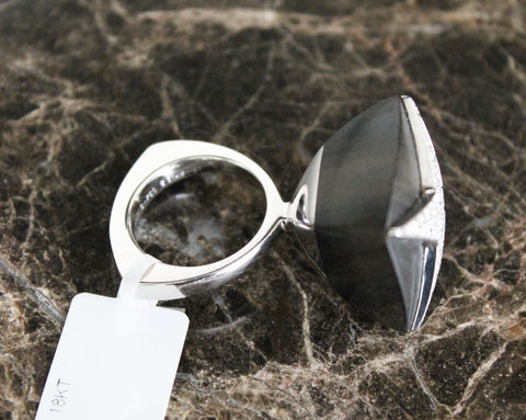 Mauboussin 18K White Gold, Diamond and Ebony Cocktail Ring, Paris, France, fully marked, 21st century,  with original box and COA