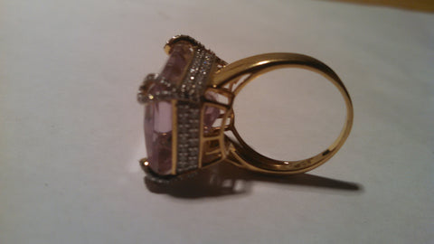 18K Yellow Gold, Pink Kunzite and Diamond Ring, 20th century
