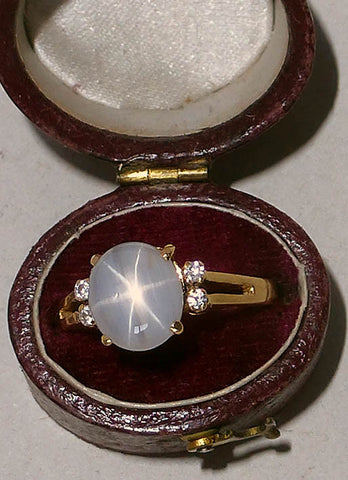 18K Yellow Gold Star Sapphire and Diamond Ring , 20th century
