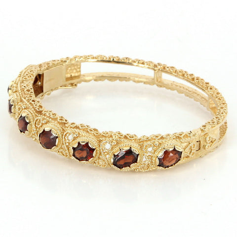 14K Yellow Gold and Garnet Bangle Bracelet, 20th century, in the Etruscan Style