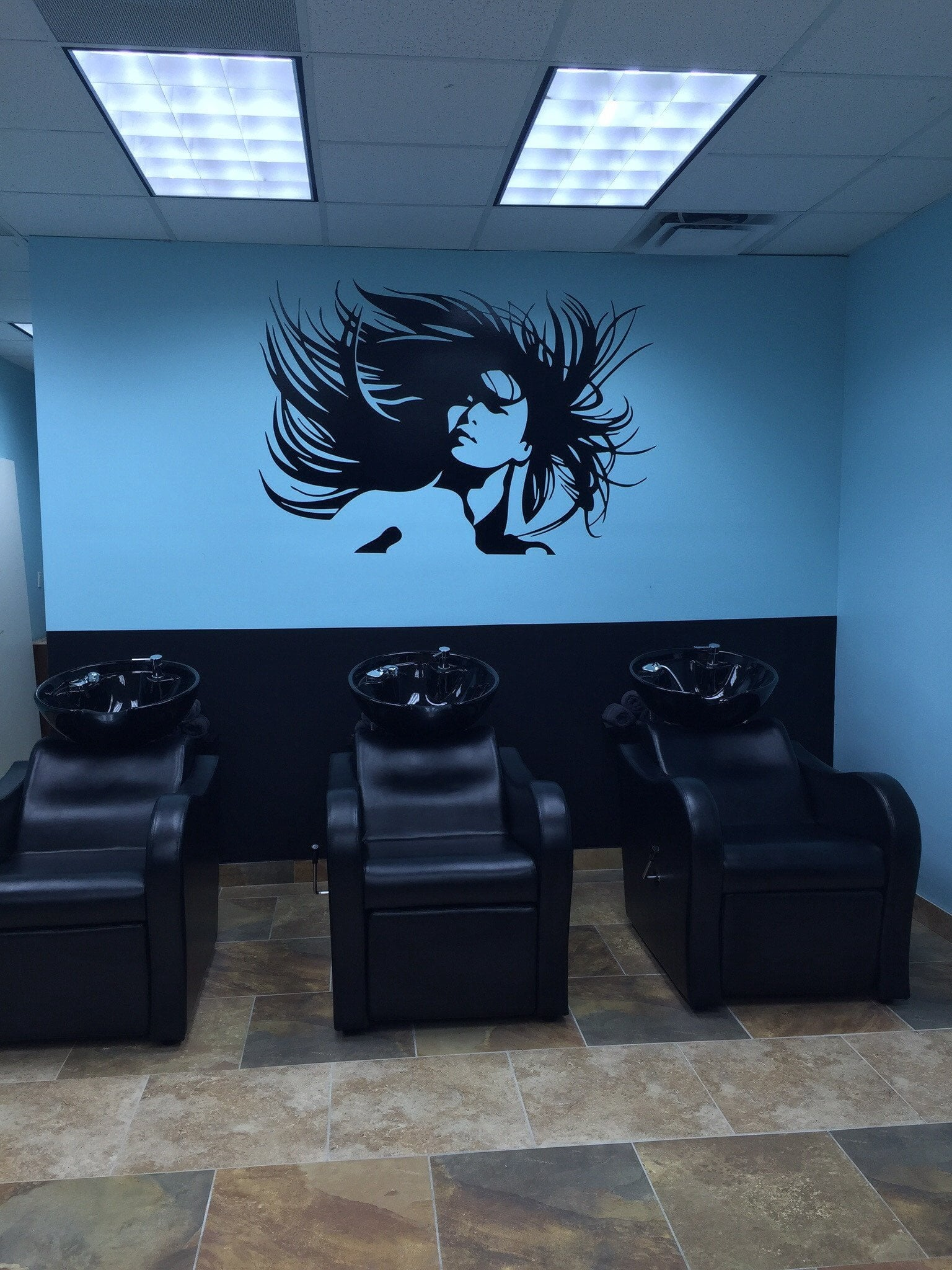 Check out how great this hair salon decal turned out!