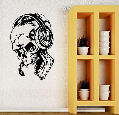 Wall Stickers Vinyl Decal Gamer Play Skull Music Headphones Video Game Unique Gift (ig450)