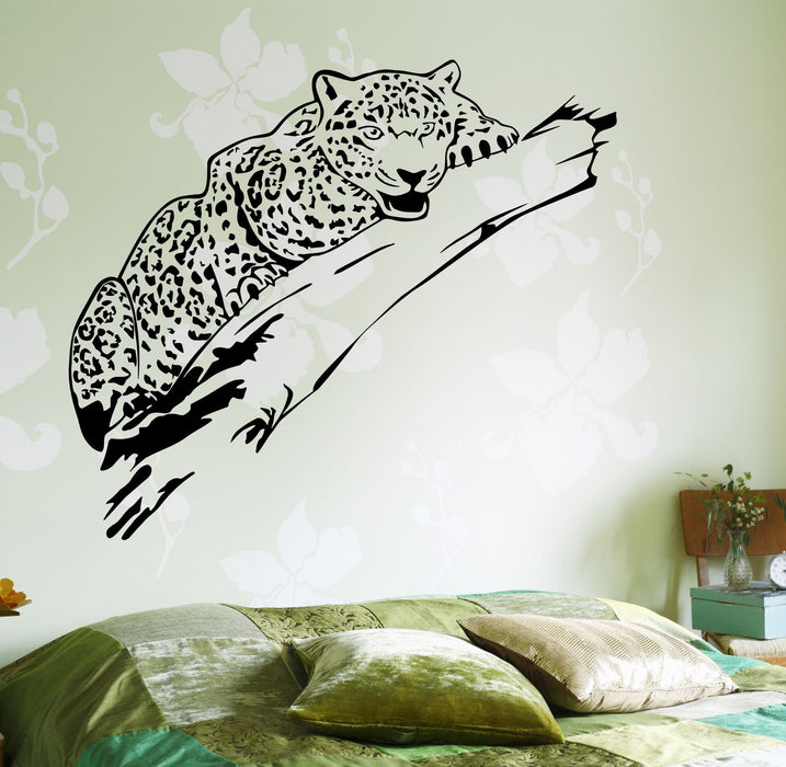 Wall Vinyl Decor Cheetah On A Tree Leopard Jungle African Unique Gift z3669