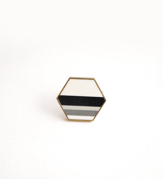 Nero No.3 / Ceramic Brooch