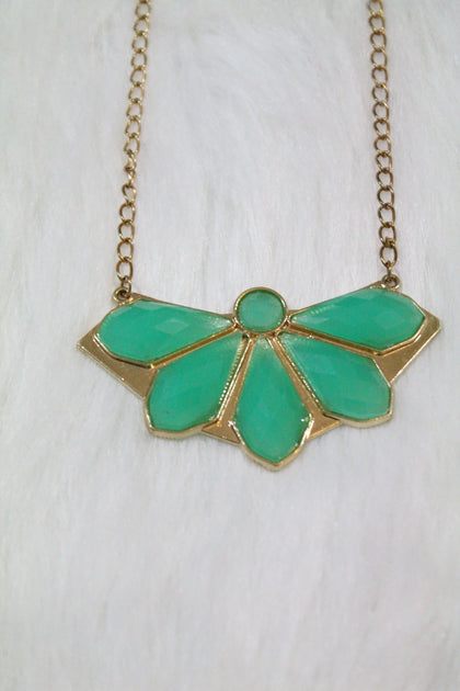Design Gem Chain Necklace - Green - Amor Black Boutique