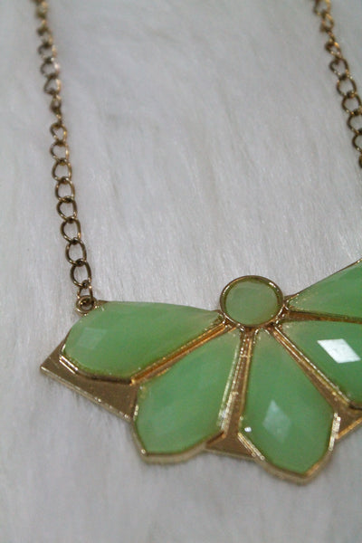 Design Gem Chain Necklace - Light Green