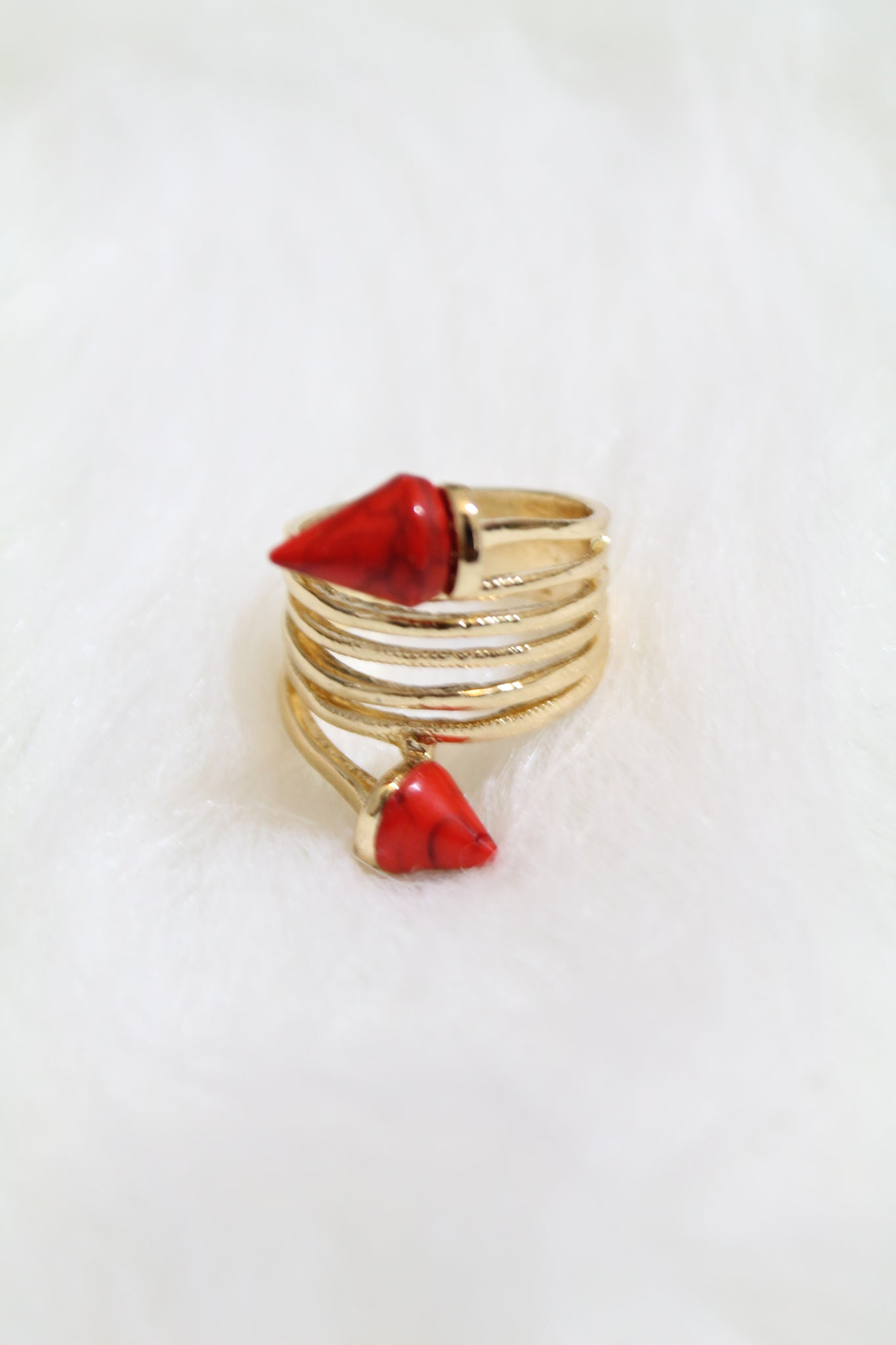 Stone Tip Coil Ring - Red