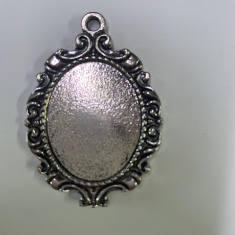 Metal charm Oval frame by Fabscraps