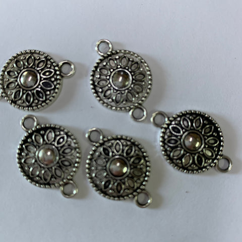 Metal flower circle 1.5cm