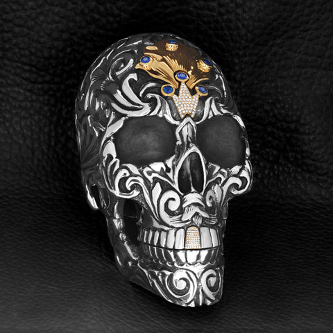king baby silver skull sculpture