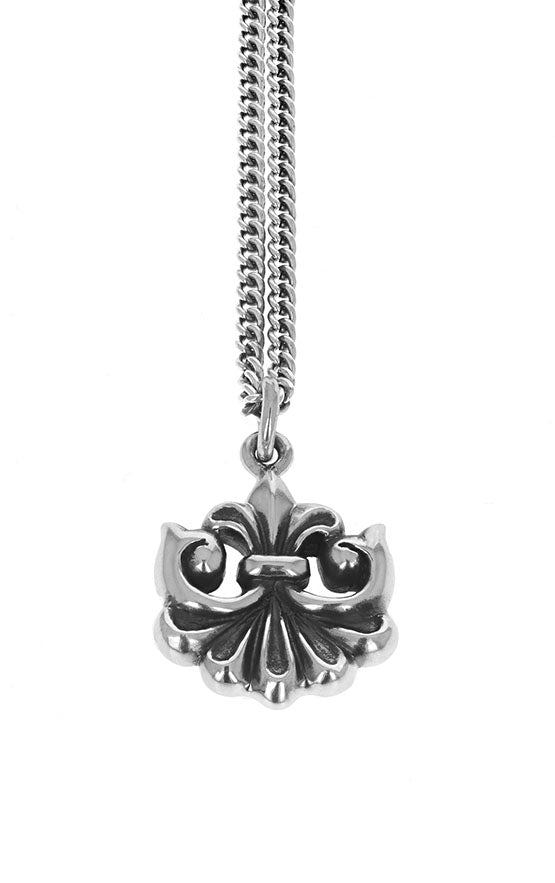 king baby sterling silver pendant