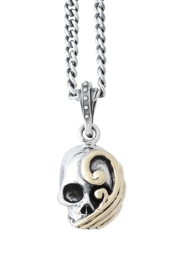 Hamlet Wave Skull on 24 in. Curb Link Chain
