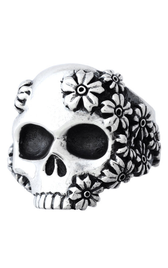 Sakura Large Skull Ring