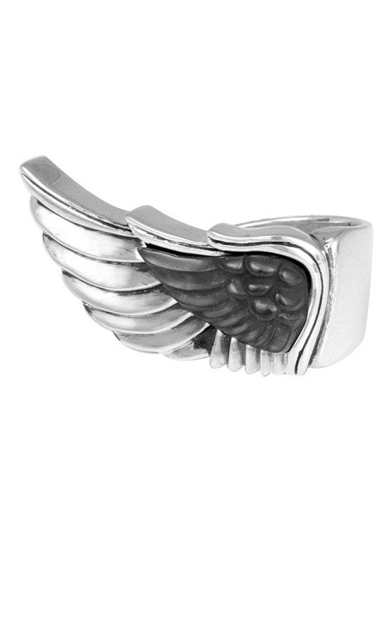 Wing Ring with Carved Jet