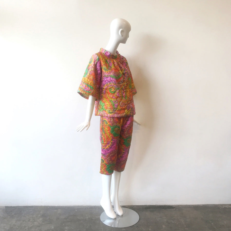 Rare 60s Psychedelic Quilted Tunic & Cropped Pant Set