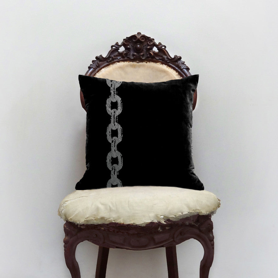 Chain Pillow