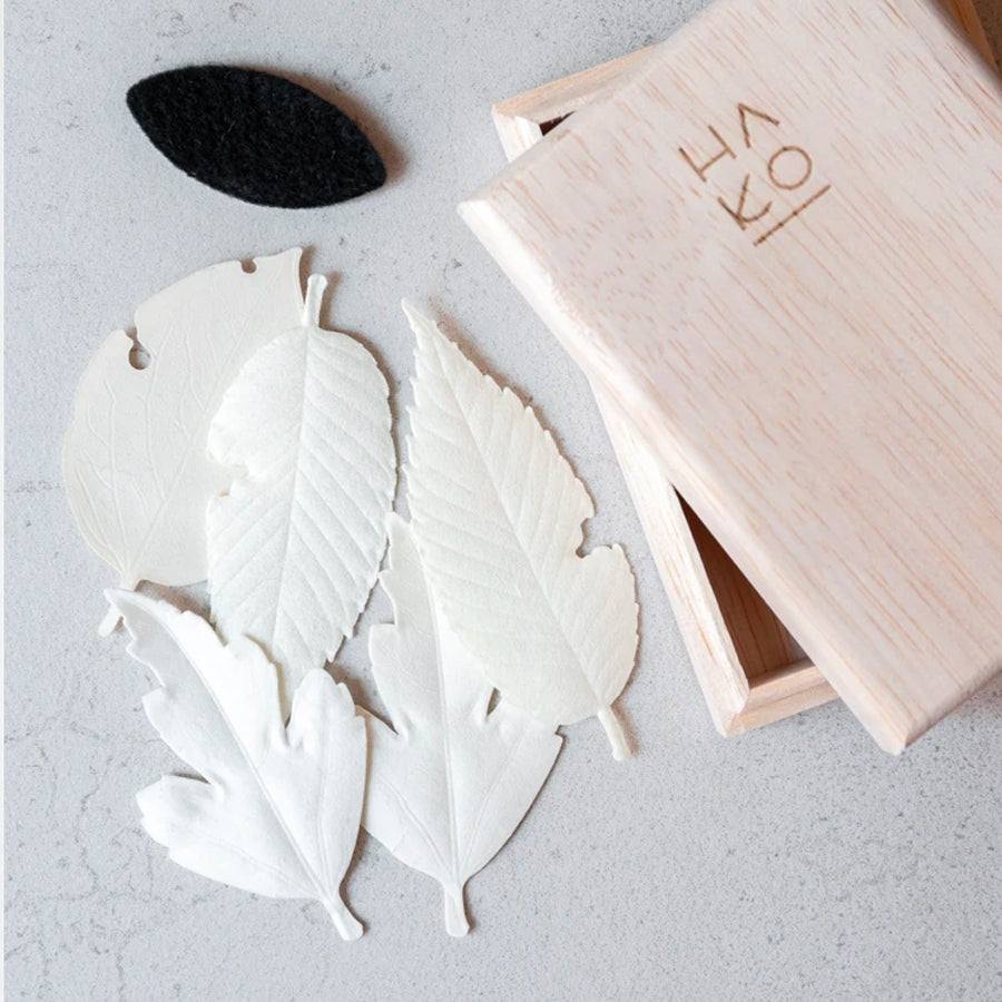 HA KO White Paper Incense - Wooden Box Set of 5 With Incense Mat