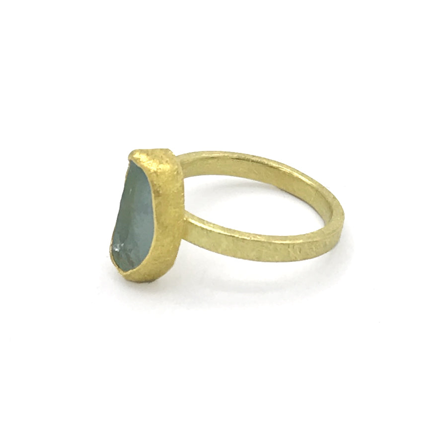 Petra Class Rough Cut Oval Aquamarine Ring
