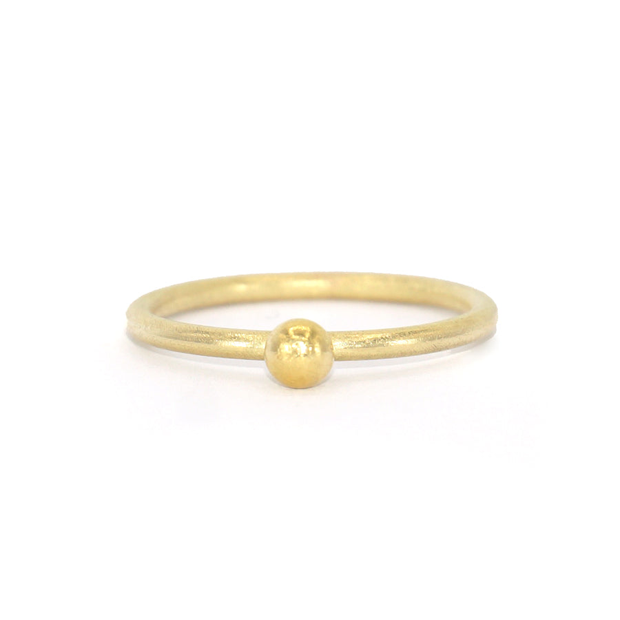 Petra Class Gold Ball Ring