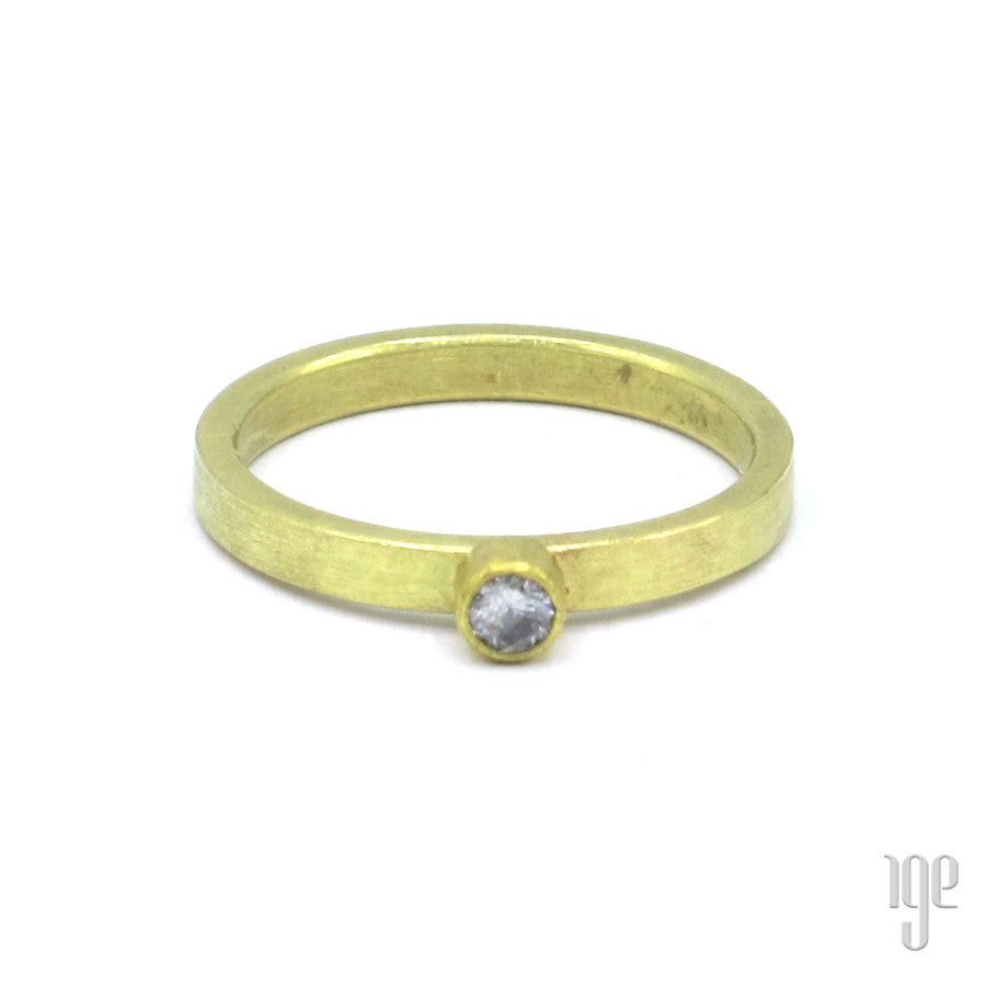 Petra Class Top White Round Diamond Ring